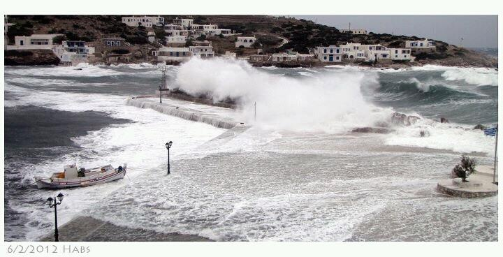 Rough seas in Sikinos island, Greece - selected by www.oiamansion.com