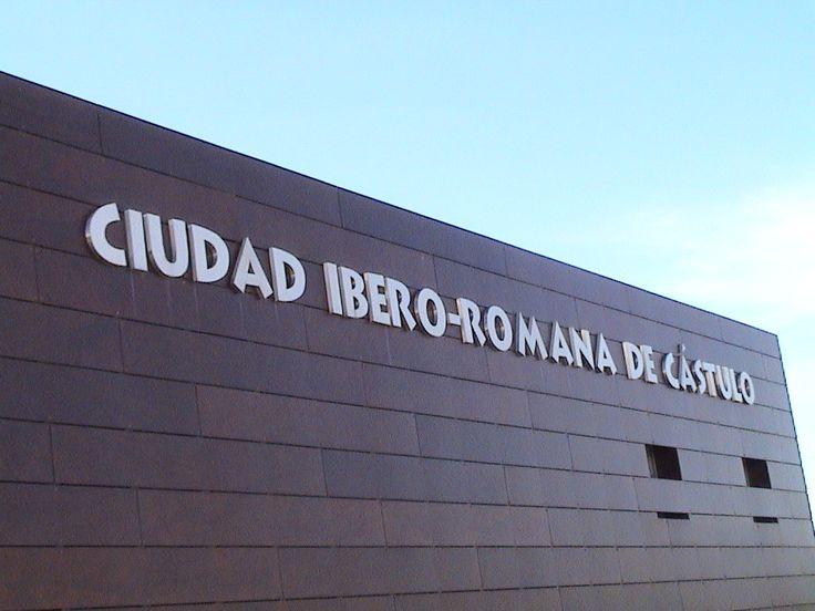 El Conjunto Arqueológico de #Cástulo registra récord de visitantes alentados por los nuevos hallazgos  http://www.ideal.es/jaen/culturas/201411/12/conjunto-arqueologico-castulo-registra-20141112171422.html