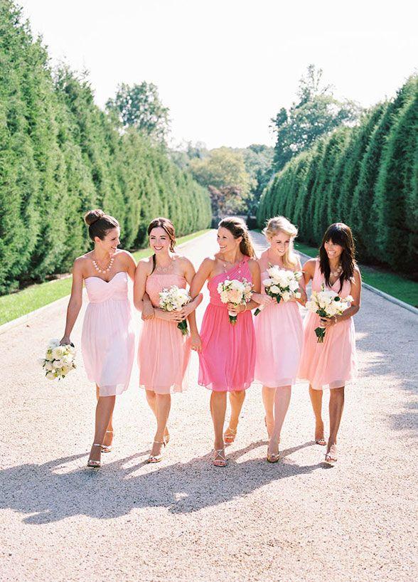Do Bridesmaids Dress Have To Match Wedding Decorations