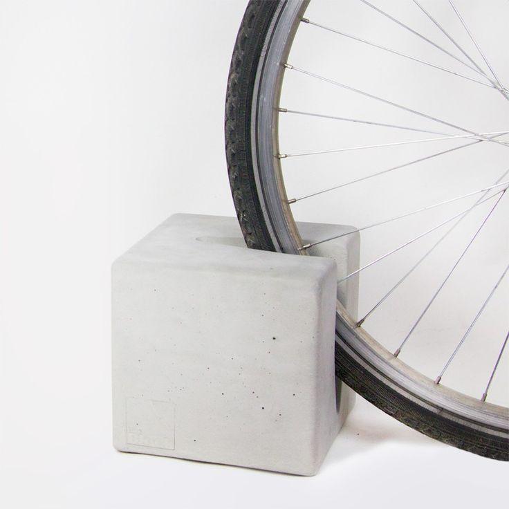 Fahrradständer, Fahrradhalterung, Beton BIKE BLOCK - Junges Design für Daheim