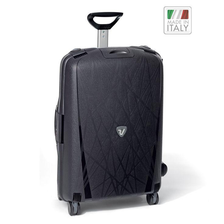 Großer #Reisekoffer Roncato Light bei Koffermarkt: ✓4 Rollen ✓Polypropylen-Hartschale ✓Rahmenkoffer ✓schwarz ⇒Jetzt kaufen