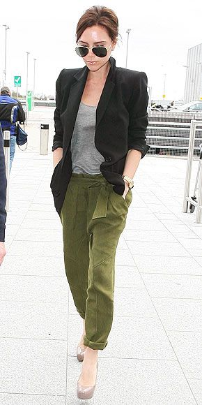 Victoria Beckam always has the nicest outfits, even if it's so simple!