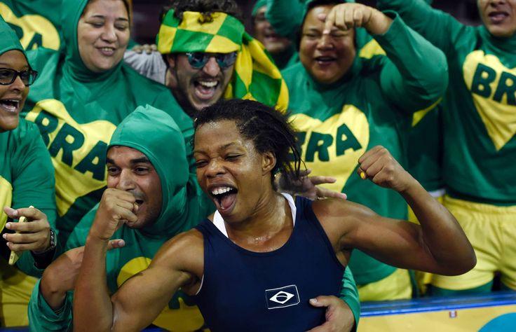 Medalhistas brasileiros nos Jogos Pan-Americanos de Toronto-OURO - LUTA OLÍMPICA (58 KG) Joice Silva