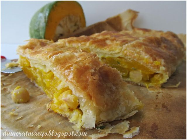 Pumpkin and chickpeas strudel