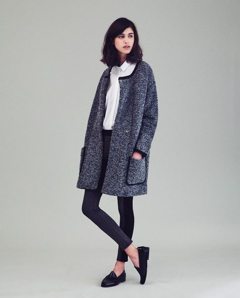 Classic with Current twist. A coat for any outfit.