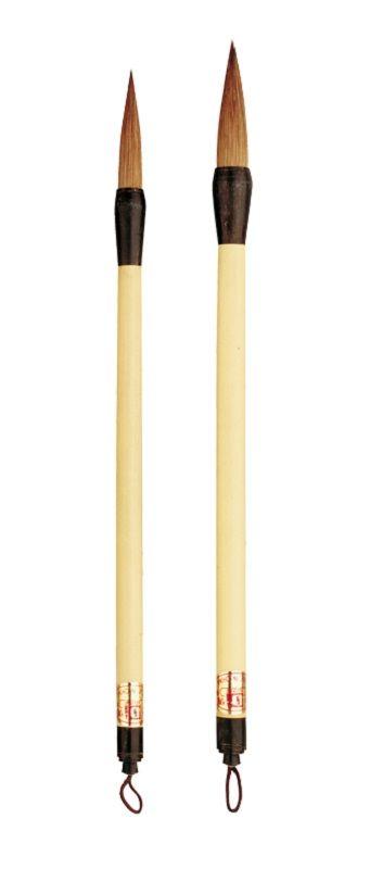 Chinese Penselen Samenstelling gemengd haar Gelakte bamboesteel Totale lengte ca. 27 cm. Art. 343 haarlengte 42 mm. Prijs per stuk