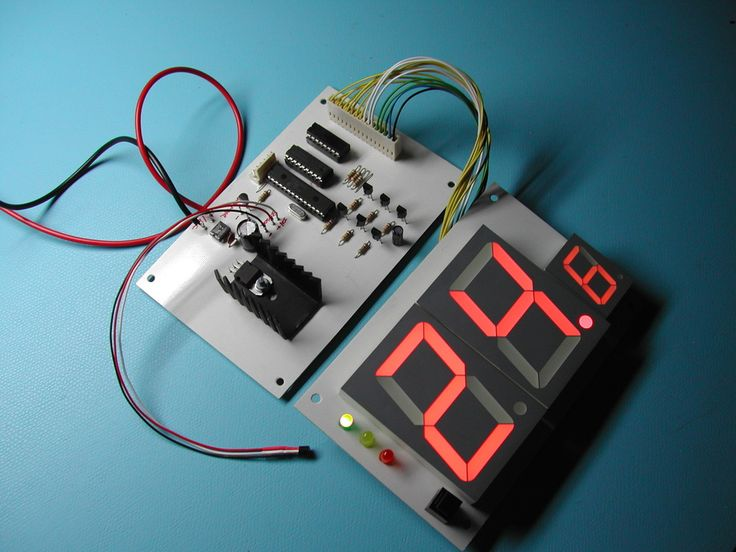 The 246 best electronics microcontrollers diy projects etc this project was built to monitor the temperature of one of our computer rooms at work that has rather temperamental air conditioning solutioingenieria Gallery