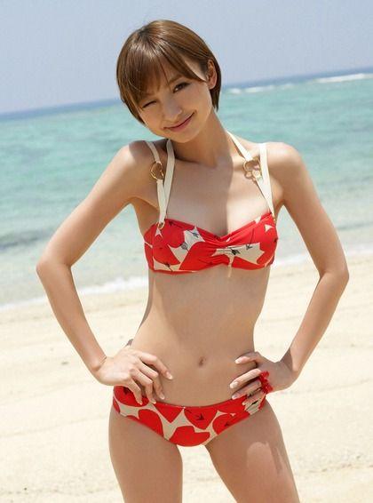 画像☆篠田麻里子 全盛期のグラビアショットが過激で可愛すぎ