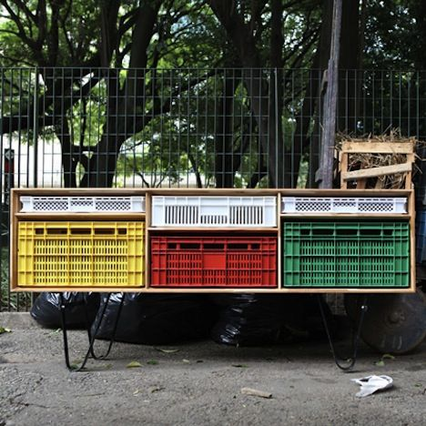 Sleek Furniture With Reused Plastic Crates You Can Emulate : TreeHugger
