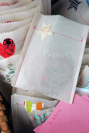 13 Beautifully Easy Gift Wrapping Ideas