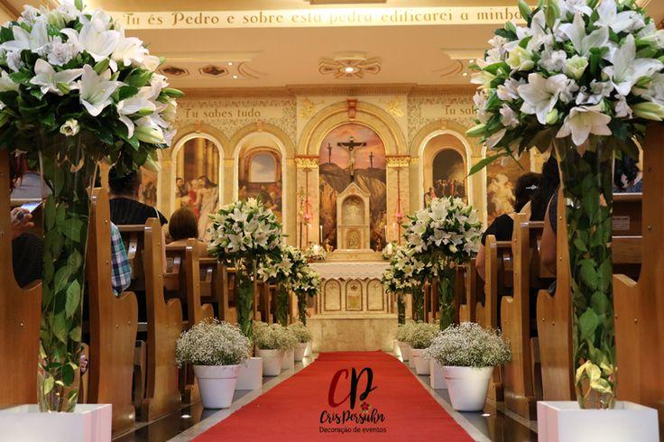 Casamento em Igreja com lírios