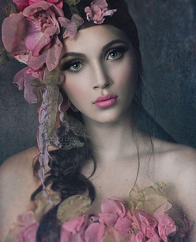 From my @creativelive tutorial ❤️ Matte+ Dark Actions @ www.amandadiaz.com/store Designer: @fioricouture #amandadiazworkshops #amandadiazactions #amandadiazphotography #portraitphotography #fashionblogger #beautiful #makeup #hair #portrait