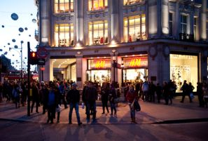 Pack Light and Prepare for London Shopping