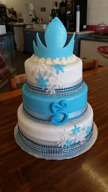 Frozen crown cake