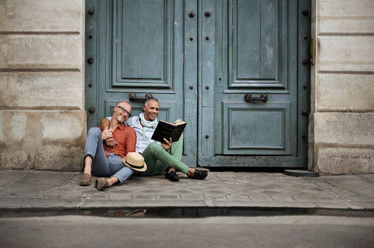 <b>Braden Summers viajou por seis países diferentes para mostrar que não importa onde você esteja, o amor é igual.</b>