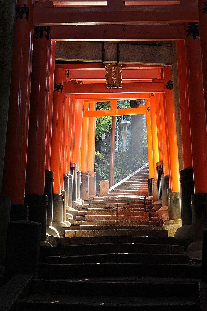 伏見稲荷大社 Fushimi Inari Shrine, Kyoto, Japan