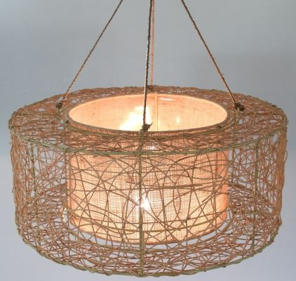 Neue Dimensionen in der Wohnraumgestaltung! dekorative Pendelleuchte Rattan Hängeleuchte mit integrietem Schirm aus Jute zum Überdecken der Leuchtmitt