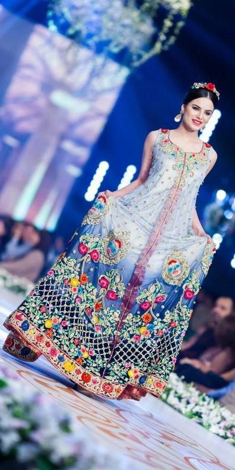 Style 360 bridal couture week 2014 karachi.