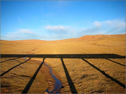 Tibet train shadow