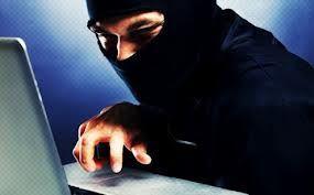 ítima da tentativa de fraude conhecida como roubo de identidade, quando dados pessoais são usados indevidamente para obter crédito que não será pago ou fazer negócio sob falsidade ideológica.    Foram 837.641 tentativas de crimes como este nos cinco primeiros meses do ano, segundo a Serasa Experian. O número representa uma alta de 2,3% em relação aos 818.629 casos registrados em igual período de 2012.
