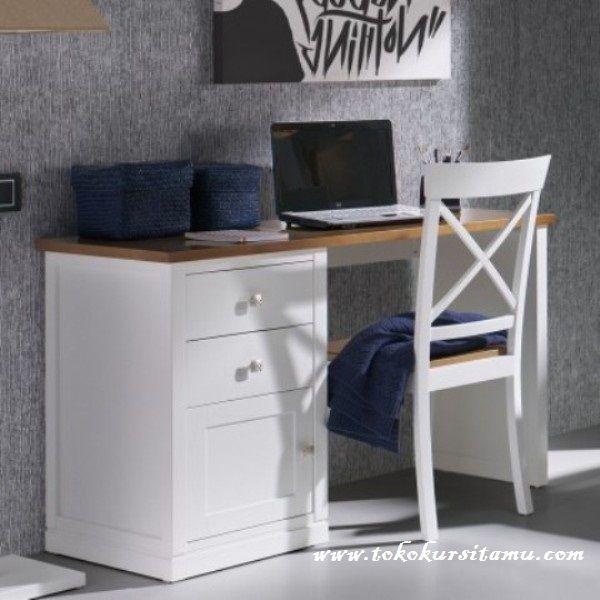 Meja Belajar Jati Putih Silang MJB-007 memiliki desain minimalis modern dengan warna finishing dapat kami aplikasikan sesuaikan dengan selera anak.