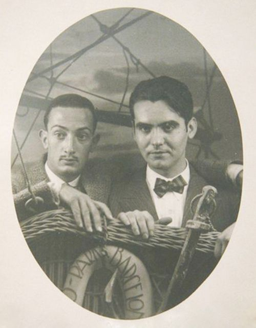 woodysblues:      Young Salvador Dalí and his lover the poet Federico García Lorca.    All these photos of them, I can't. Dalí was such a muse. Too bad their tragic affair didn't work out.