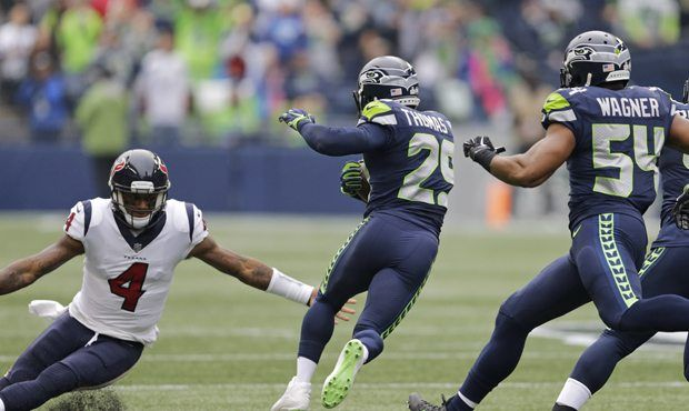 Wyman's Football 101: Seahawks' Earl Thomas' up-and-down game vs Texans  http://sports.mynorthwest.com/360885/wymans-football-101-seahawks-earl-thomas-up-and-down-game-vs-texans/