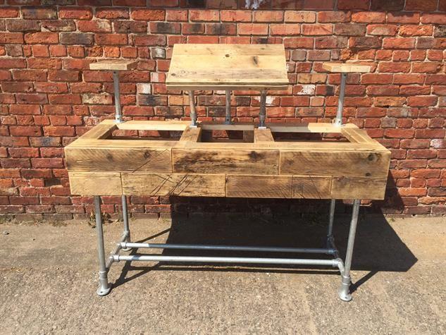 Industrial Style Reclaimed Wood DJ Deck Stand - www.reclaimedbespoke.co.uk