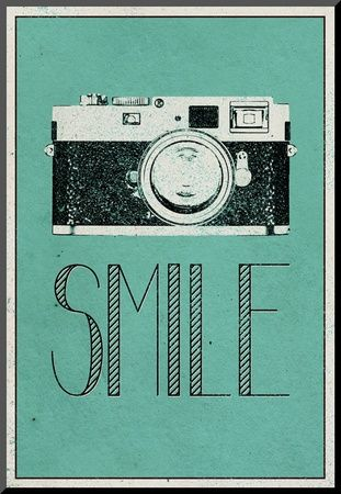 Smile Retro Camera Plakát na AllPosters.cz.