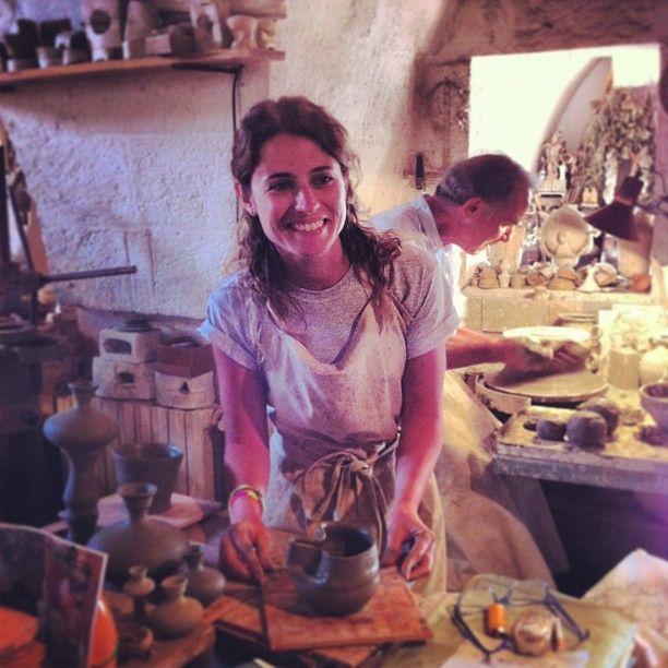 .@Viaggiareinpuglia Official | Brava @patciuf questa la sua brocca #ceramiche #grottaglie #igers #igerspugli...