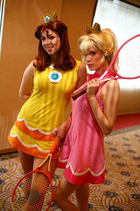 Peach and Daisy Tennis - EChanCosplay Princess Peach Cosplay Photo - Cure…
