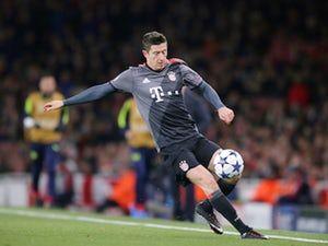 Christoph Metzelder: 'Robert Lewandowski not leaving Bayern Munich'