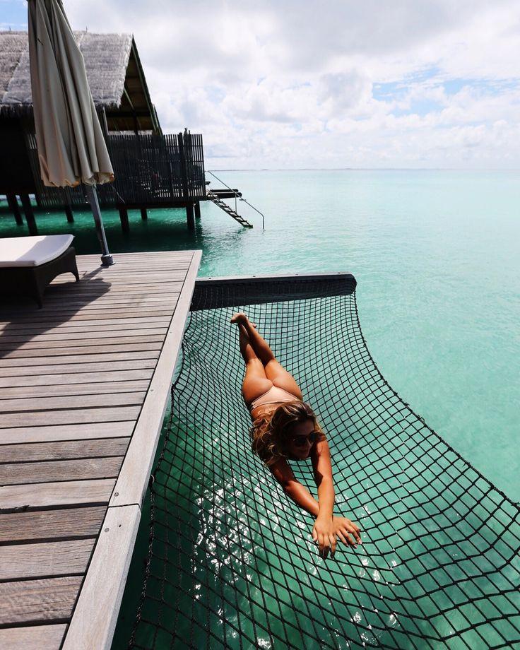 Sleep over the sea || @sommerswim