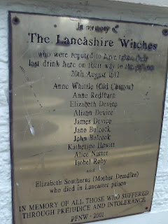 Plaque on the wall of the Golden Lion, Moor Lane, Lancaster where tradition has it condemned prisoners, including the Lancashire Witches were given a last drink on their way to Gallows Hill.