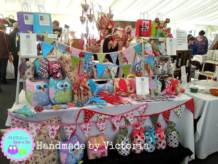 Christmas Cake Stall Ideas : 93 best Craft fair/ exhibitions/shows display images on ...