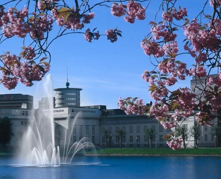 Visit KODE, the art museums along the idyllic Lille Lungegård lake. The museums also have an art shop, cafe and restaurant. Some days you can even do yoga among the works of art! Bergen, Norway.
