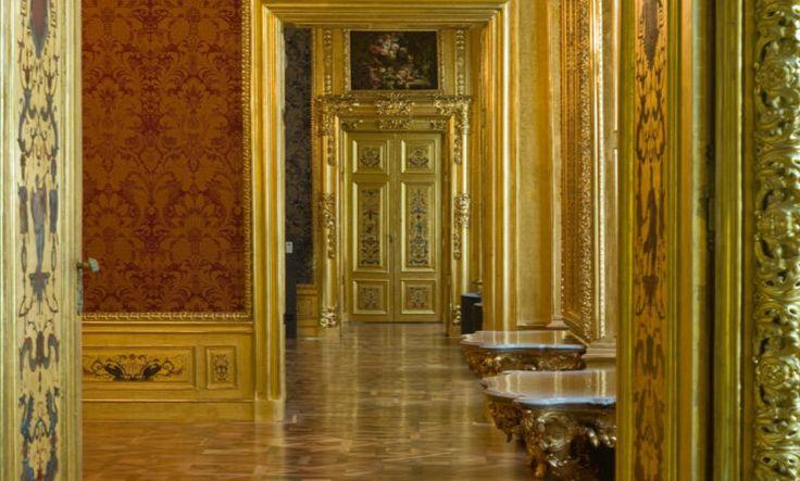 Il Palazzo d'Inverno del Principe Eugenio. Vienna, nei pressi del Duomo di Santo Stefano.  Era la residenza cittadina, invernale, del principe Eugenio di Savoia, in alternanza con quella, estiva, del Belvedere. Rappresenta uno dei più bei palazzi di Vienna e un capolavoro dell'Architettura barocca austriaca.
