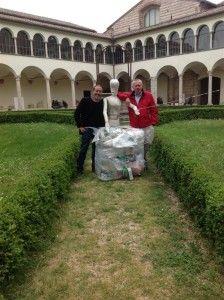 Dalla Redazione di CentritaliaNews, Plastic Food a Firenze con Artour-o  http://www.centritalianews.com/ambiente-dal-9-marzo-plastic-food-abbraccia-larte-fiorentina/