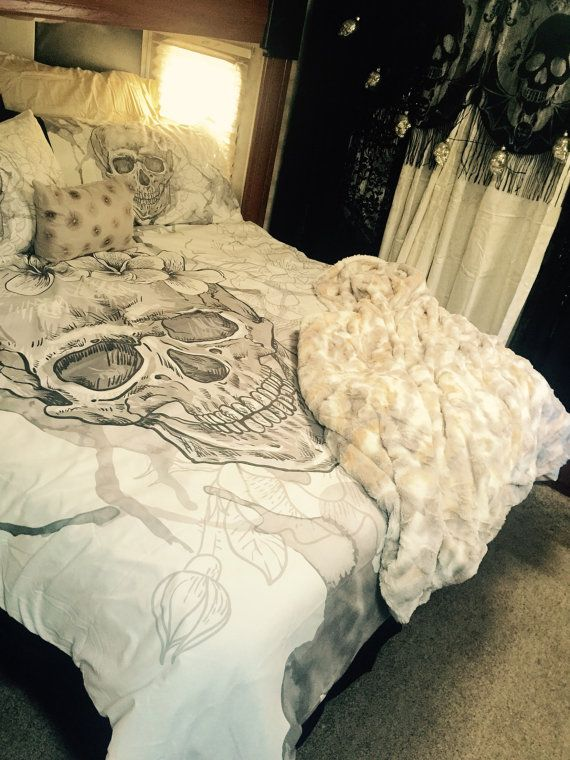 Featherweight Beige Skull Bedding  Sugar Skull with by InkandRags