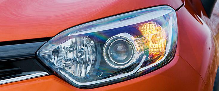 RENAULT CAPTUR ZEN ENERGY DCI 90 S&S ECO2 SIN COMPLEJOS Tanto los faros como los pilotos no se parecen a los de ningún otro Renault