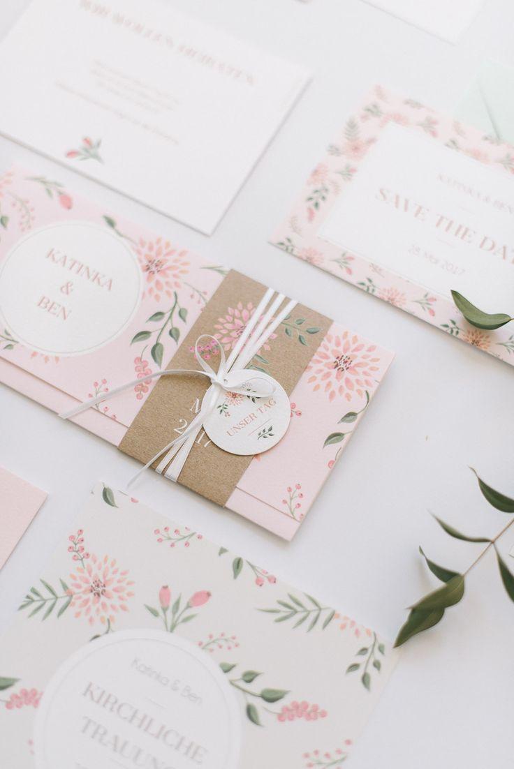 Romantische Hochzeitseinladung: Rosehip von der Kartenmacherei