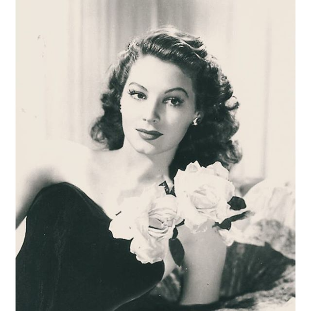 1063 best images about Ava Gardner a face like no other on ... Ava Gardner 1989