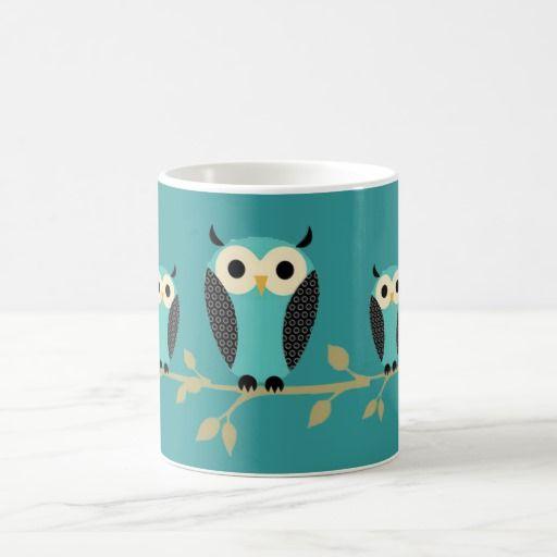 Búhos azules en los miembros taza de café