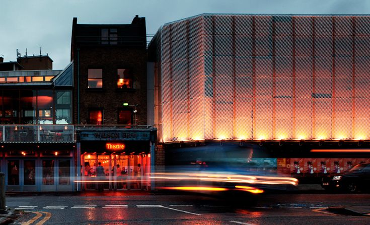 Haworth Tompkins / The Young Vic