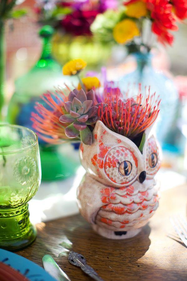 .: Ceramics Owl, Owl Planters, Color Decor, Owl Flower, Owl Vase, Owl Theme, Tables Centerpieces, Yellow Flower, Gardens Owl Decor