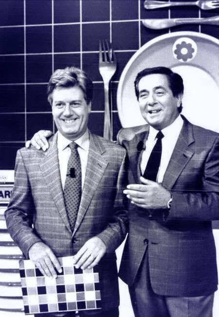 """#Corrado e #ClaudioLippi insieme a """"Il pranzo è servito"""", 1990."""
