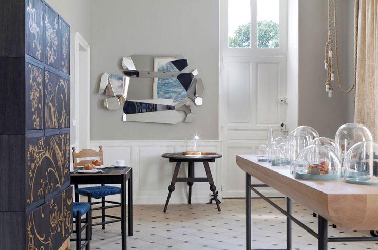 El Salón de Desayuno en el Château de la Resle. MUEBLE ORIENTAL