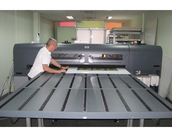 NEW HP FB500 Flatbed