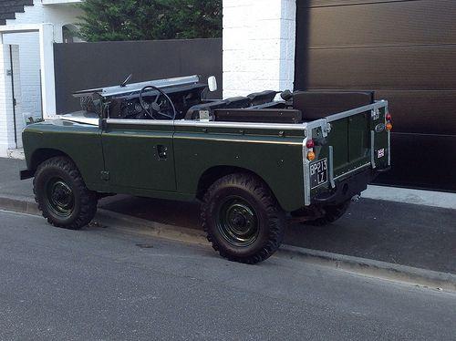 image | Flickr : partage de photos ! Land Rover série bronze Green