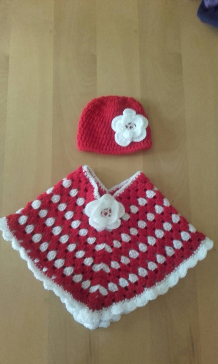 baby girl poncho, crochet girl poncho, baby poncho  , toddler poncho, Christmas poncho, crochet poncho, by crochetfifi on Etsy